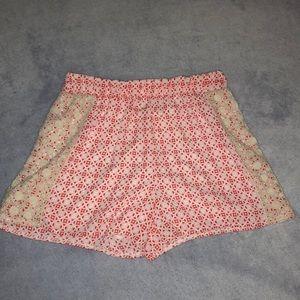 Laced flowy shorts